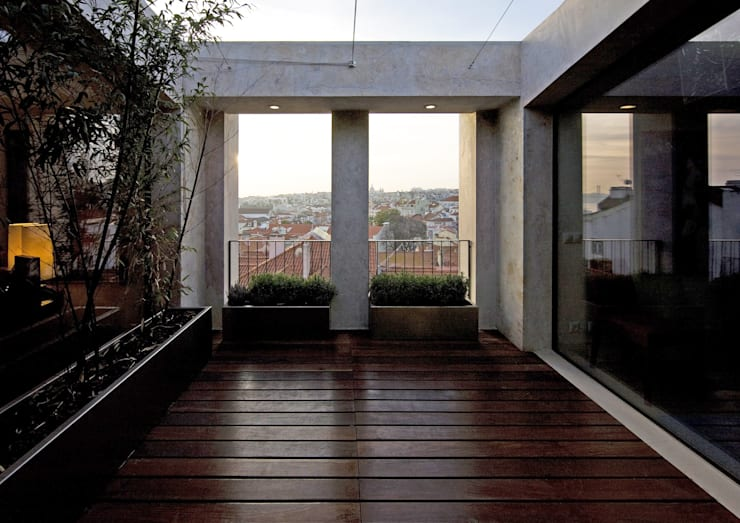 Terrazas de estilo  de RRJ Arquitectos
