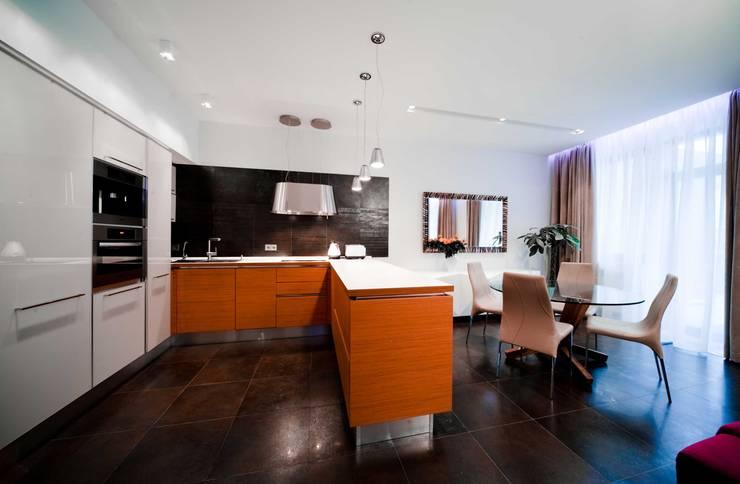City Oasis – таунхаус в Куркино Nr.1: Кухни в . Автор – ODS Laboratory Architecture & Design