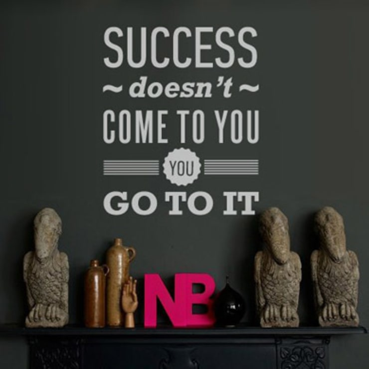SUCCESS DOESN'T COME TO YOU. YOU GO TO IT: Стены и пол в . Автор – 33dodo
