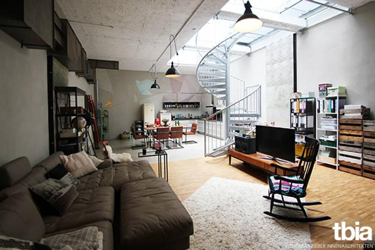 industrial Living room by tbia - Thomas Bieber InnenArchitekten