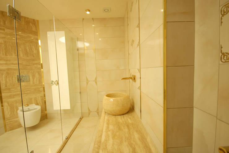 santimetre mimarlık – EYMEN RESİDENCE : modern tarz Banyo