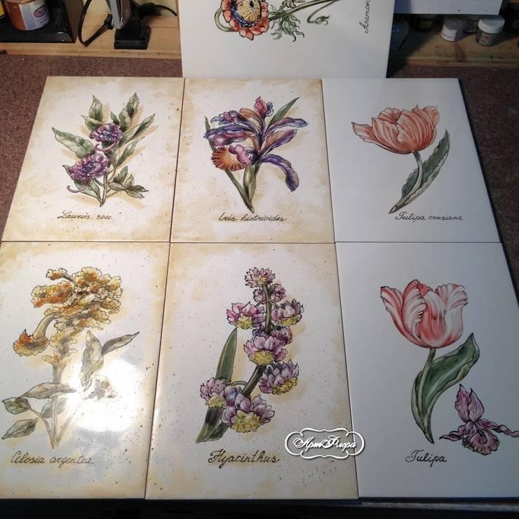 Декорирование ванны ботаническими гравюрами: Ванная комната в . Автор – Мастерская росписи по фарфору и керамической плитке АртФлёра,
