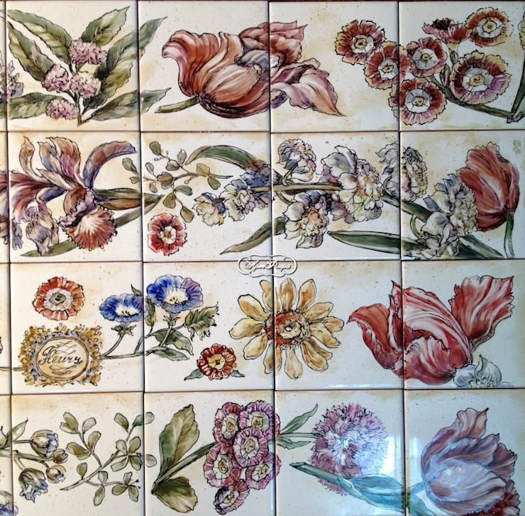 Декорирование ванны ботаническими гравюрами: Ванная комната в . Автор – Мастерская росписи по фарфору и керамической плитке АртФлёра