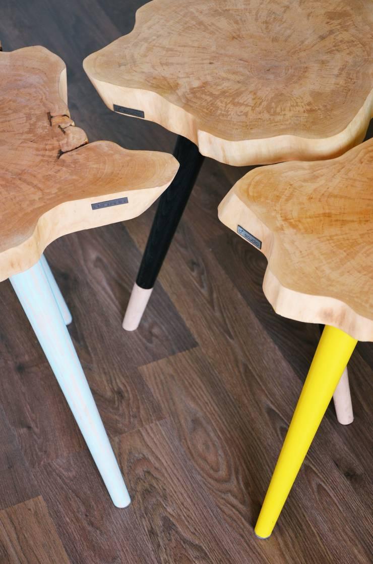 Stołki / Stoliki STILL WOOD -Yellow, Black, Mint: styl , w kategorii Sypialnia zaprojektowany przez D2 Studio