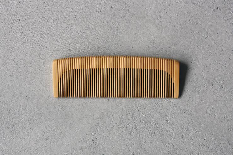 細歯: YU MATSUDA DESIGNが手掛けた家庭用品です。