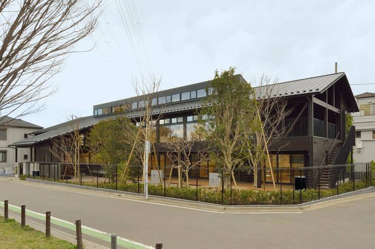 民家調の保育園(外観) アジア風学校 の ユニップデザイン株式会社 一級建築士事務所 和風