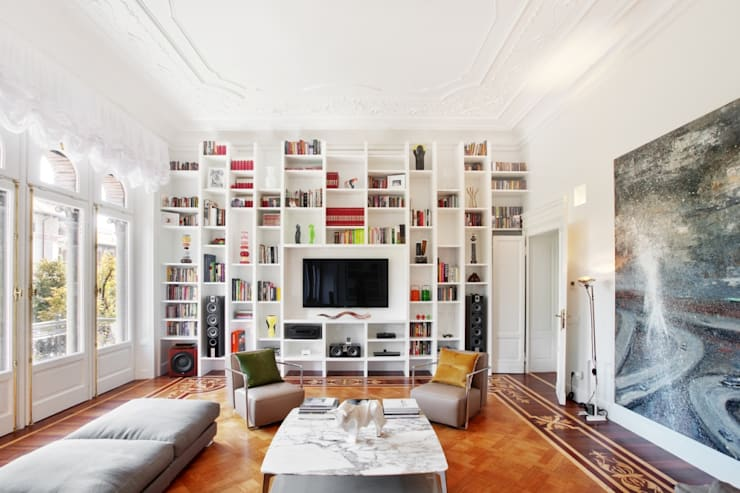 Livings de estilo clásico por PADI Costruzioni srl