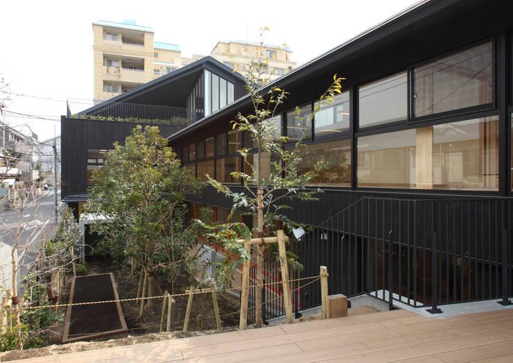 外観2: ユニップデザイン株式会社 一級建築士事務所が手掛けた学校です。,