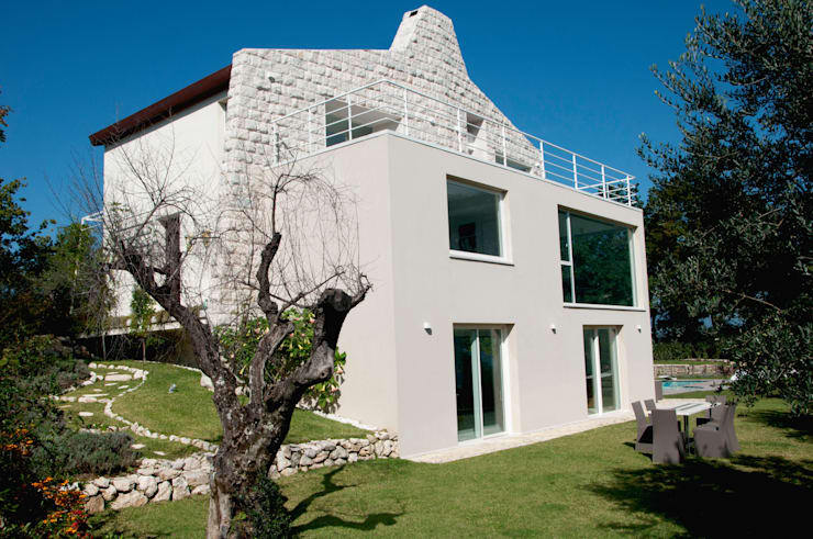 CASA MP, Melizzano(CE) 2012: Case in stile in stile Moderno di x-studio