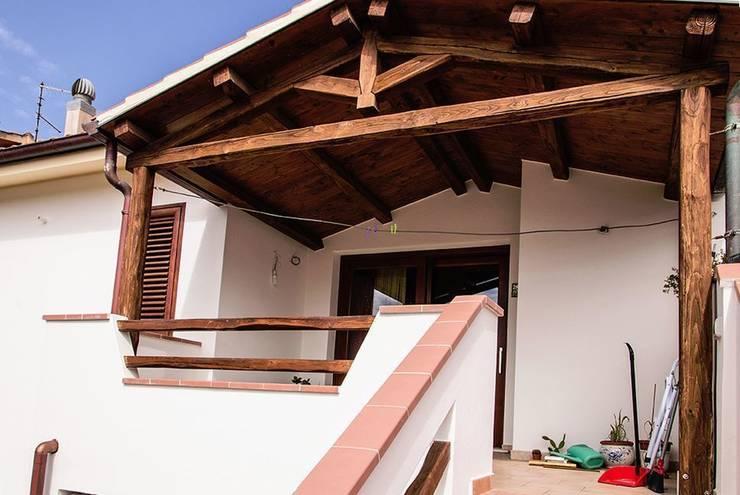 Casa R&R:  in stile  di SOGEDI costruzioni