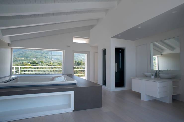 CASA MP, Melizzano(CE) 2012: Spa in stile in stile Moderno di x-studio