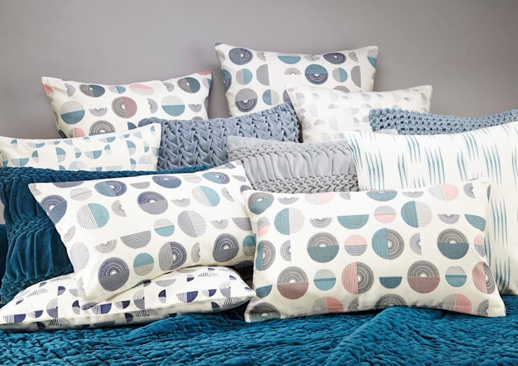 100% Organic Cotton Printed Collection: modern Bedroom by Nitin Goyal London