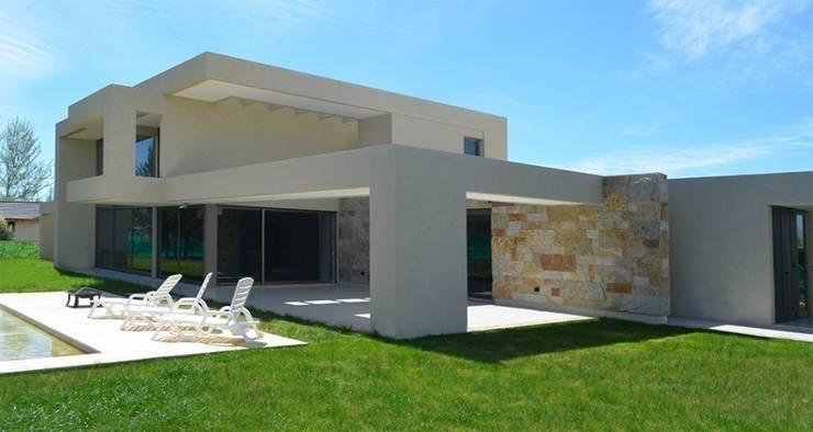 Proyecto VC1: Jardines de estilo  por CLEMENT-RICO I Arquitectos,Moderno
