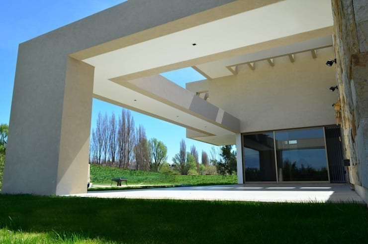 Proyecto VC1: Pasillos y recibidores de estilo  por CLEMENT-RICO I Arquitectos,Moderno
