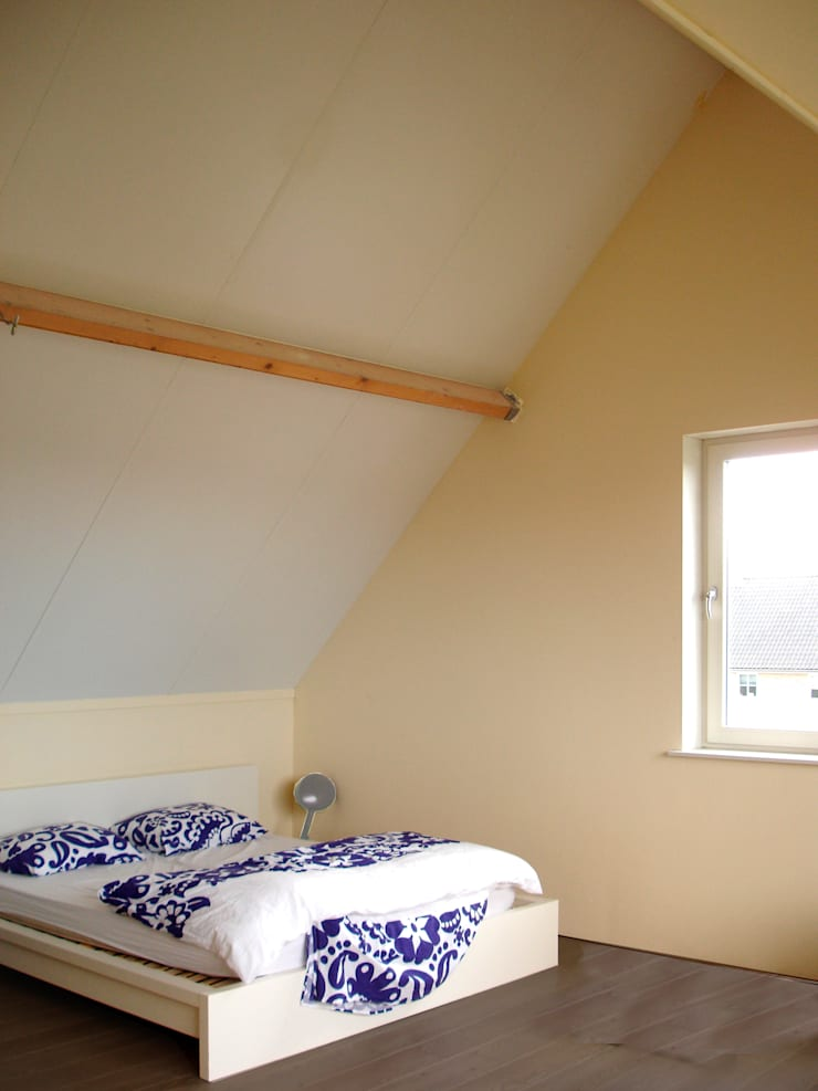 Bedroom by PAA  Pattynama Ahaus Architectuur,