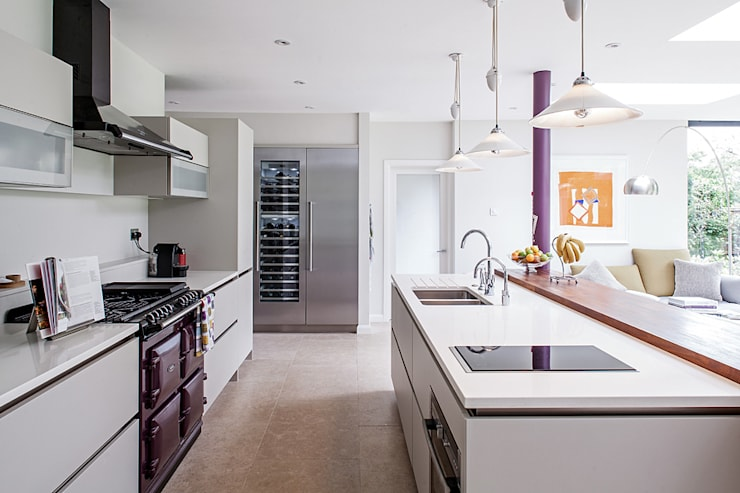 Essex Chic:  Kitchen by Nic  Antony Architects Ltd
