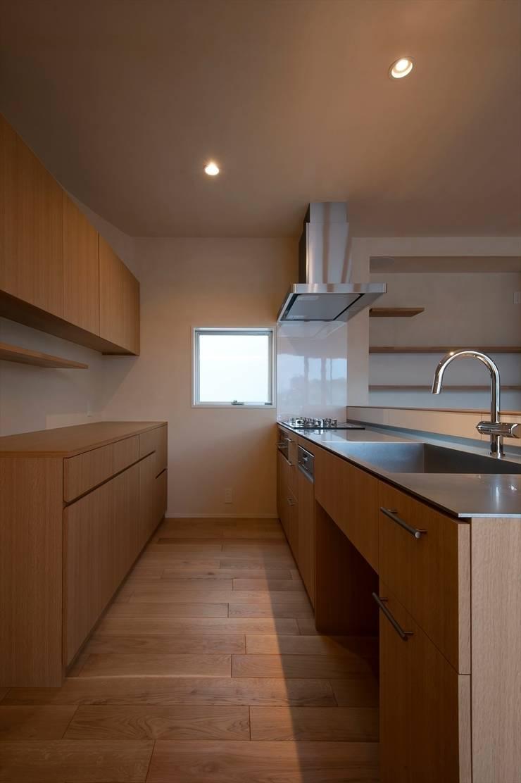 キッチン: 宇佐美建築設計室が手掛けたキッチンです。