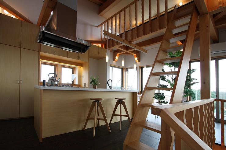 Кухни в . Автор – 遠藤浩建築設計事務所 H,ENDOH  ARCHTECT  &  ASSOCIATES