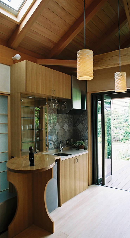 ちょっとしたミニキッチン: 遠藤浩建築設計事務所 H,ENDOH  ARCHTECT  &  ASSOCIATESが手掛けたキッチンです。