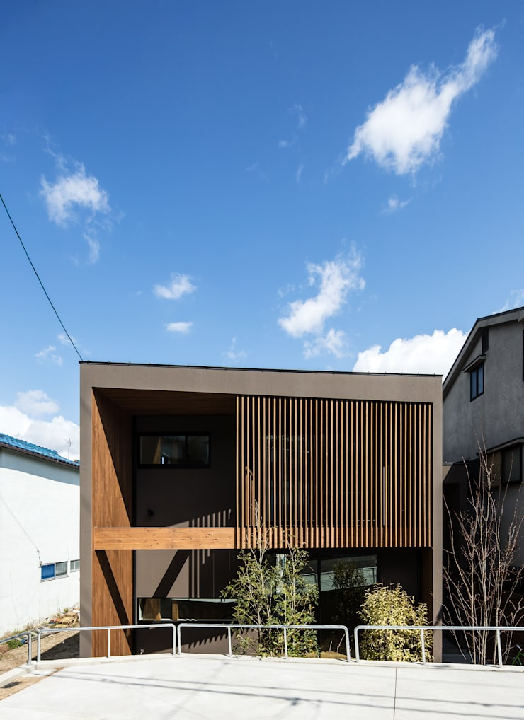 Rumah oleh flame-planningoffice / 一級建築士事務所フレイム, Modern