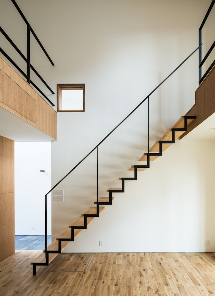 Corridor & hallway by flame-planningoffice / 一級建築士事務所フレイム, Modern