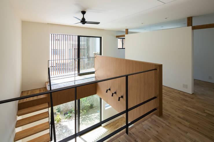 Media room by flame-planningoffice / 一級建築士事務所フレイム, Modern