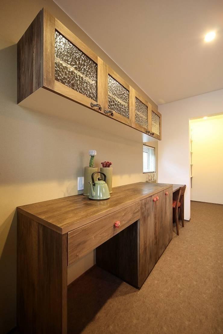 大正ロマンを感じる家 / zuiun: zuiun建築設計事務所 / 株式会社 ZUIUNが手掛けたキッチンです。