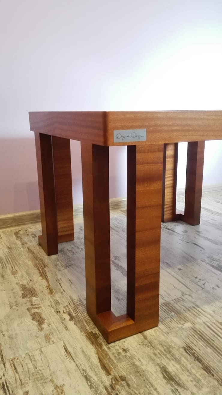 kawowy stolik do salonu: styl , w kategorii Salon zaprojektowany przez Deyna Design