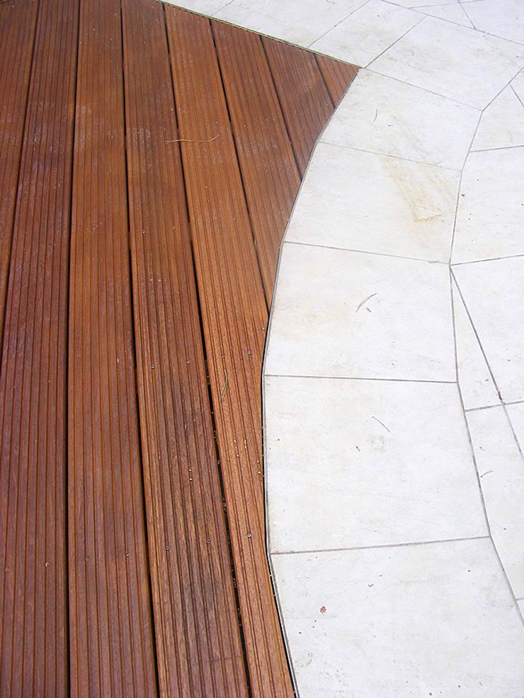 Taras z drewna Bangkirai. Realizacja w Drzonkowie: styl , w kategorii  zaprojektowany przez PHU Bortnowski
