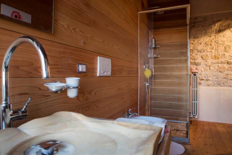 Bathroom by RI-NOVO