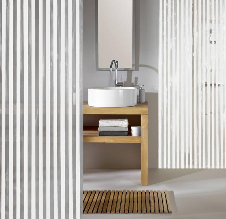 Sobriété: Salle de bain de style de style eclectique par Salle de Bains Déco.com
