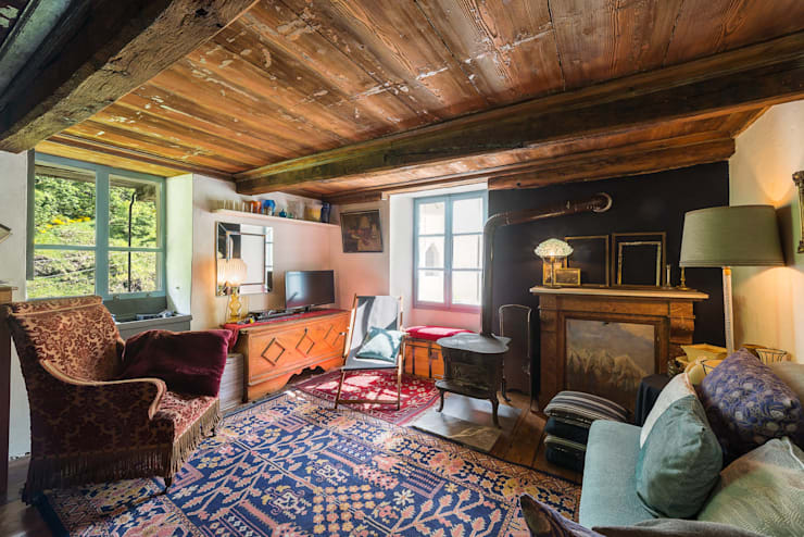 Mondomathis Maison Brocante: Soggiorno in stile  di PaoloNet di Paolo Brignone