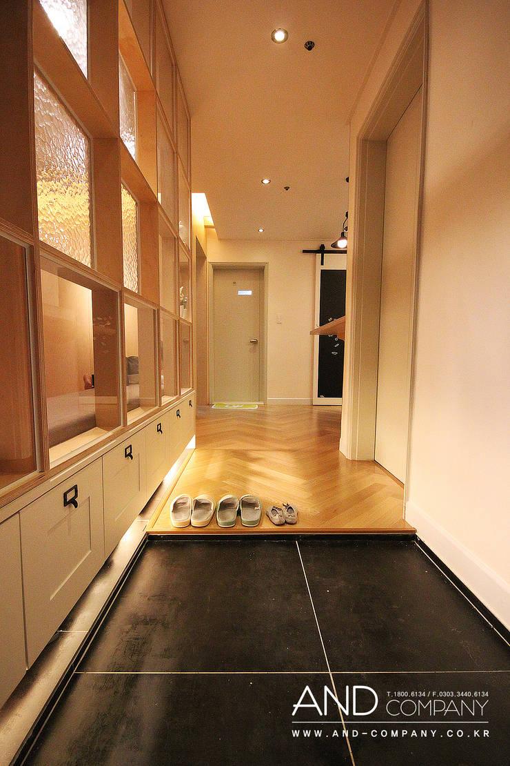 Corridor & hallway by 앤드컴퍼니