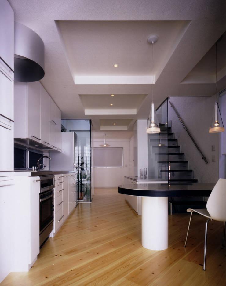 ห้องนั่งเล่น โดย 加藤將己/将建築設計事務所, โมเดิร์น