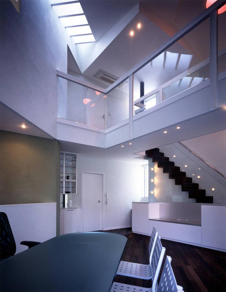 大田原の家: 加藤將己/将建築設計事務所が手掛けたリビングです。