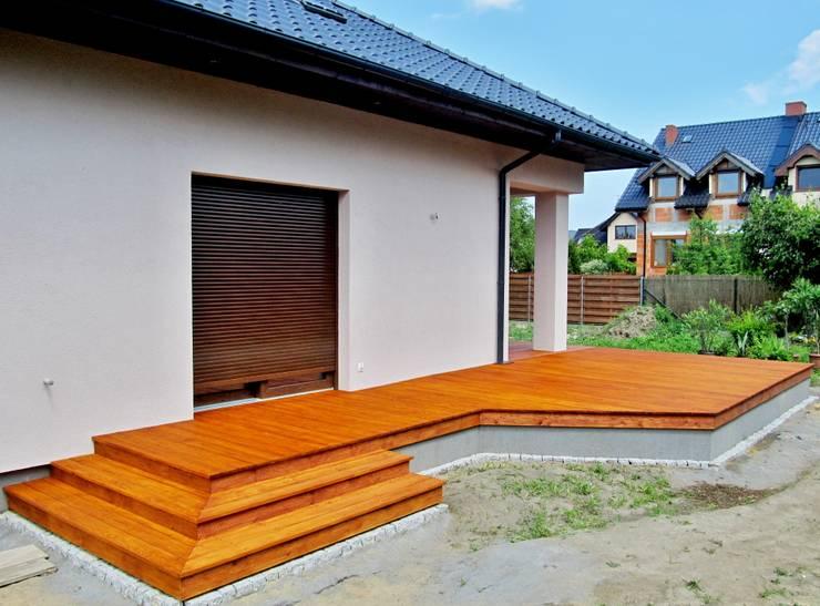 Balcon, Veranda & Terrasse classiques par Tarasy-drewniane- Dorota Maciejewska Classique