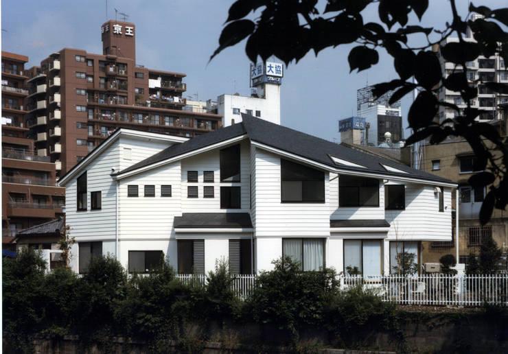 下目黒の家: 加藤將己/将建築設計事務所が手掛けた家です。