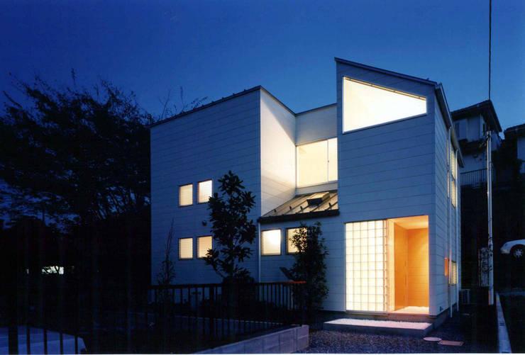 王禅寺の家: 加藤將己/将建築設計事務所が手掛けた家です。