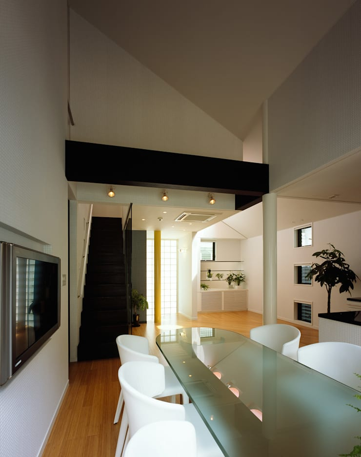 西落合の家: 加藤將己/将建築設計事務所が手掛けたダイニングルームです。