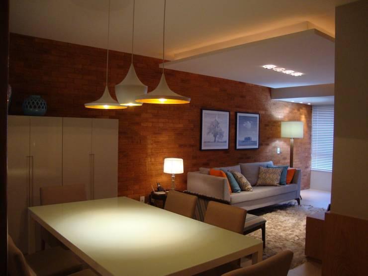 Apartamento Centro: Salas de jantar  por Geraldo Brognoli Ludwich Arquitetura