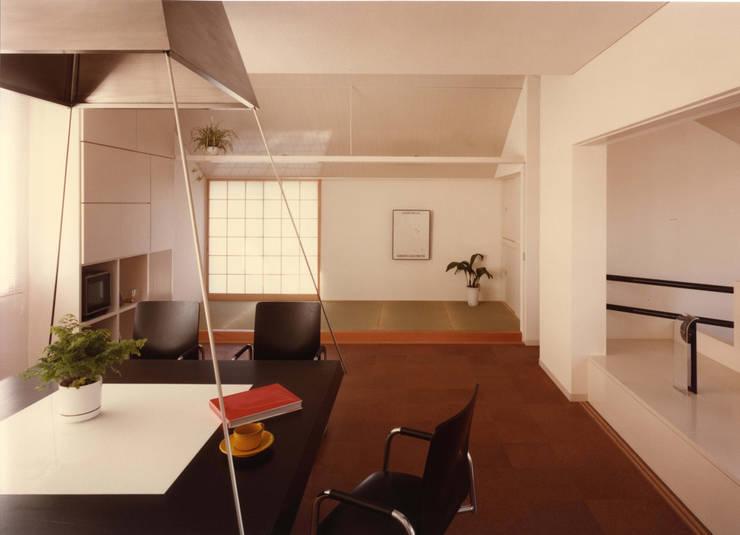 府中の家: 加藤將己/将建築設計事務所が手掛けた多目的室です。