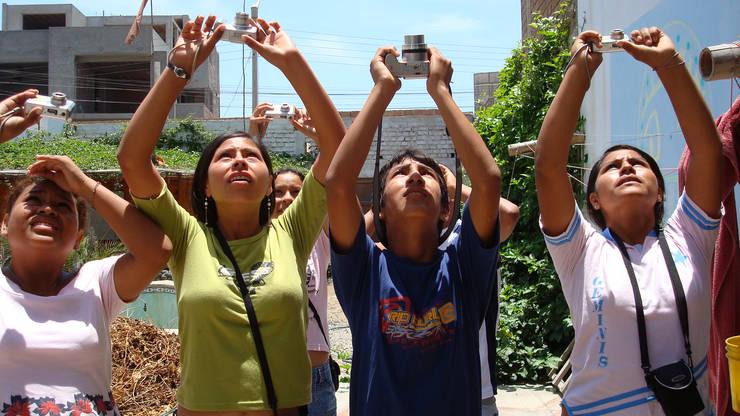 FairMail tieners in actie:   door FairMail, Tropisch