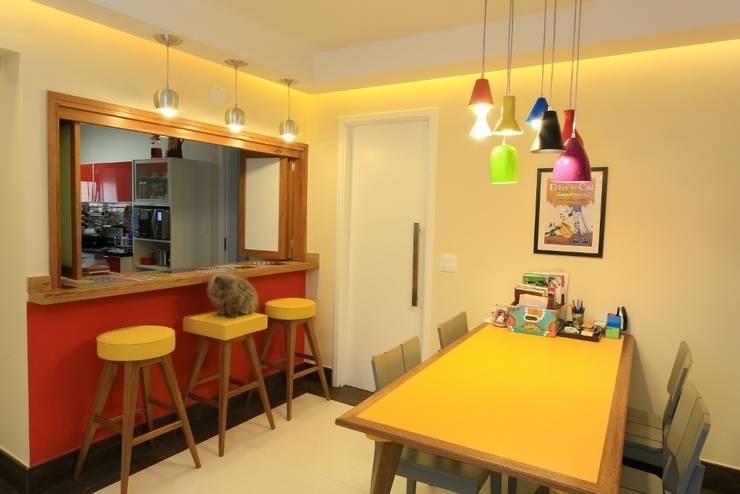 Sala de jantar: Salas de jantar modernas por Item 6 Arquitetura e Paisagismo