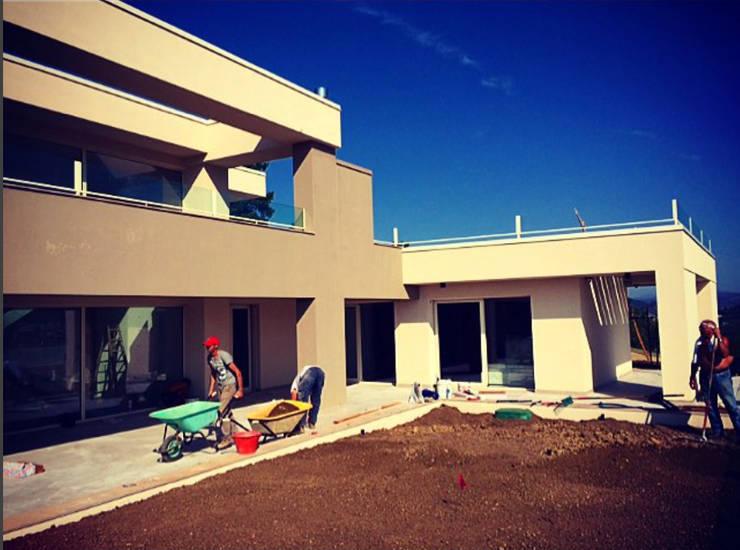 PRIVATE HOME IN PERUGIA - 2012|+315.50: Case in stile  di Cacciamani Diego Architetto