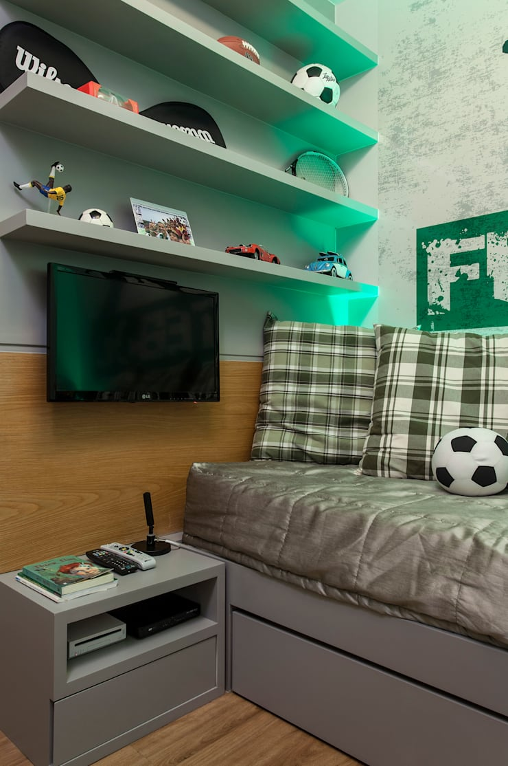Apartamento Rio Vermelho: Quarto infantil  por Spinola+Carvalho Arquitetura