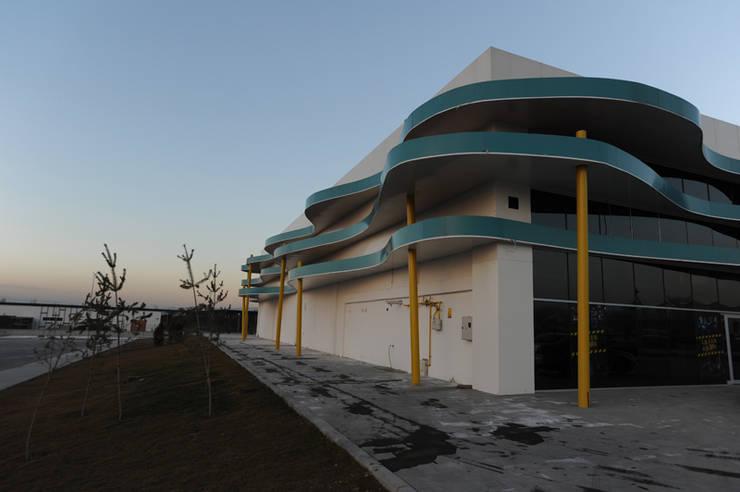 santimetre mimarlık – LAZER GAME CENTER:  tarz Etkinlik merkezleri