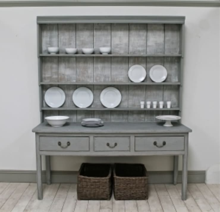 Distressed Georgian Dresser :  Dining room by A Stylish Existence