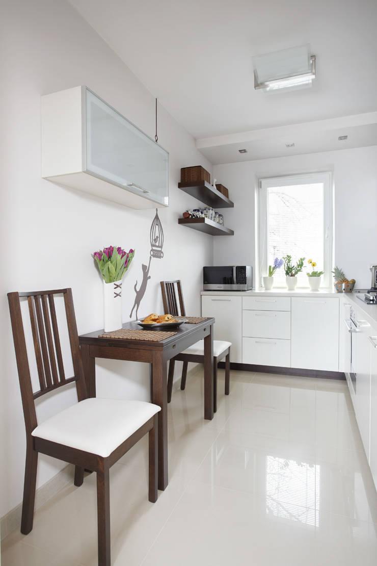 Kuchnia: styl , w kategorii Kuchnia zaprojektowany przez Tarna Design Studio,Nowoczesny