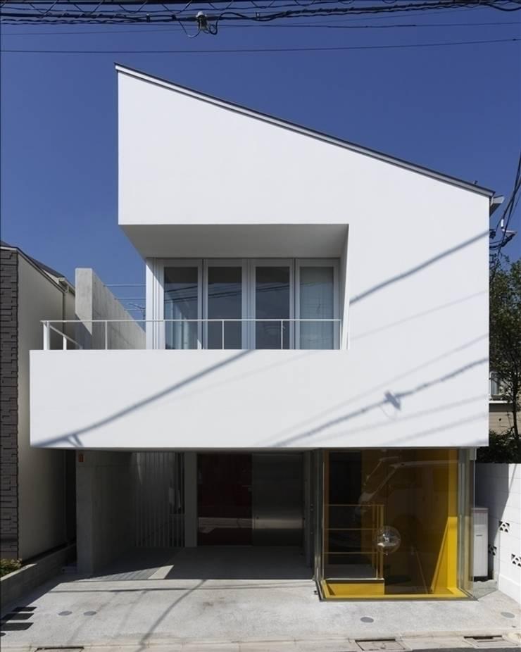 ホワイトベース: Qull一級建築士事務所が手掛けた家です。,