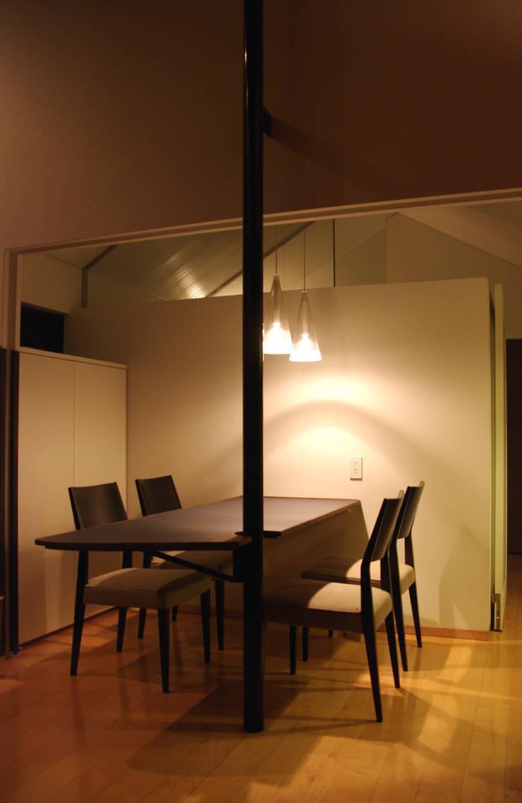 K-HOUSE内観1: 3*D空間創考舎一級建築士事務所が手掛けたダイニングです。,北欧